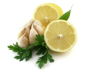 Чеснок с лимоном - в сочетании дает отличный эффект