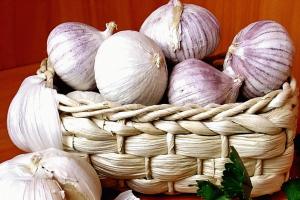 Чеснок - одно из лучших средств в лечении сосудов