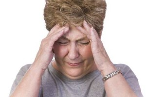 Головные боли и изменение походки - один из симптомов