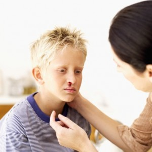 Почему у ребенка часто идет кровь из носа